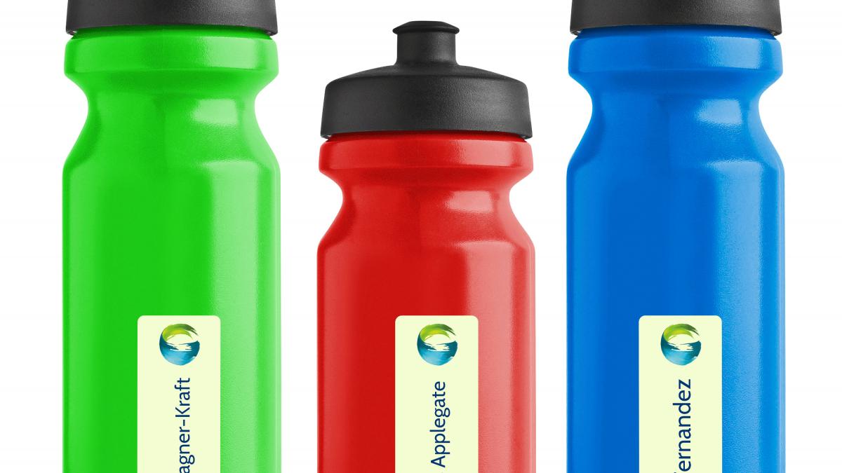 <b>spülmaschinenfeste Namensetiketten</b> für Wasserflaschen
